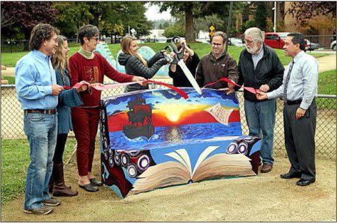 San Lorenzo Park Bench Ribbon Cutting