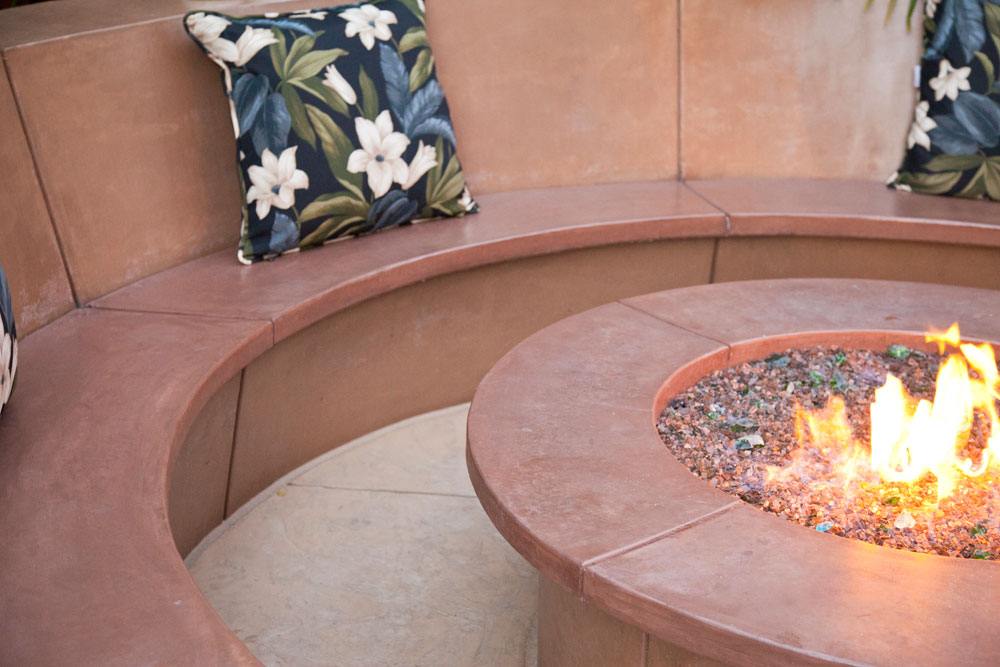 Outdoor Fire Pit Bench Seating